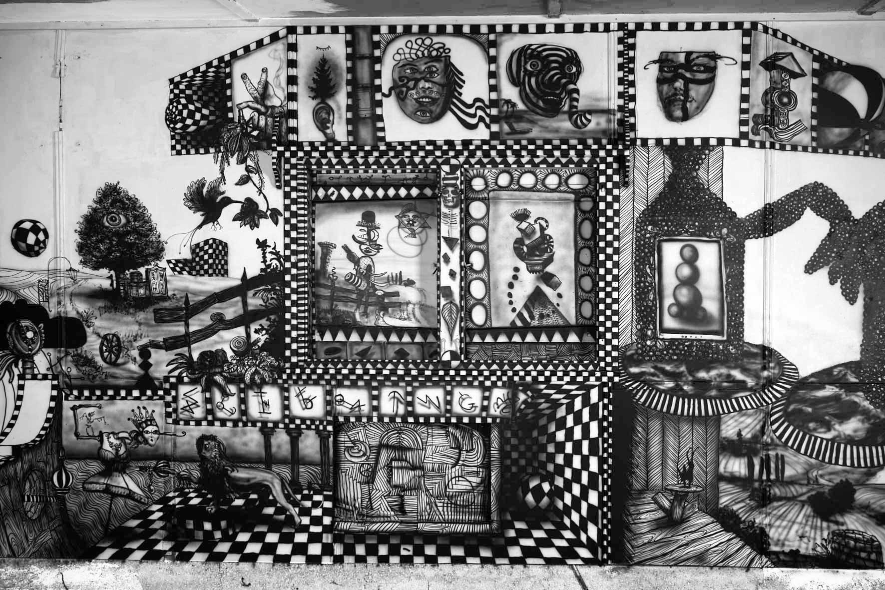 Stefan Inauen O.T. 2016 Wandbild (Permanente Ausstellung, Areal Hof Weissbad, Appenzell) Acryl auf Holz 240cm x 1000cm