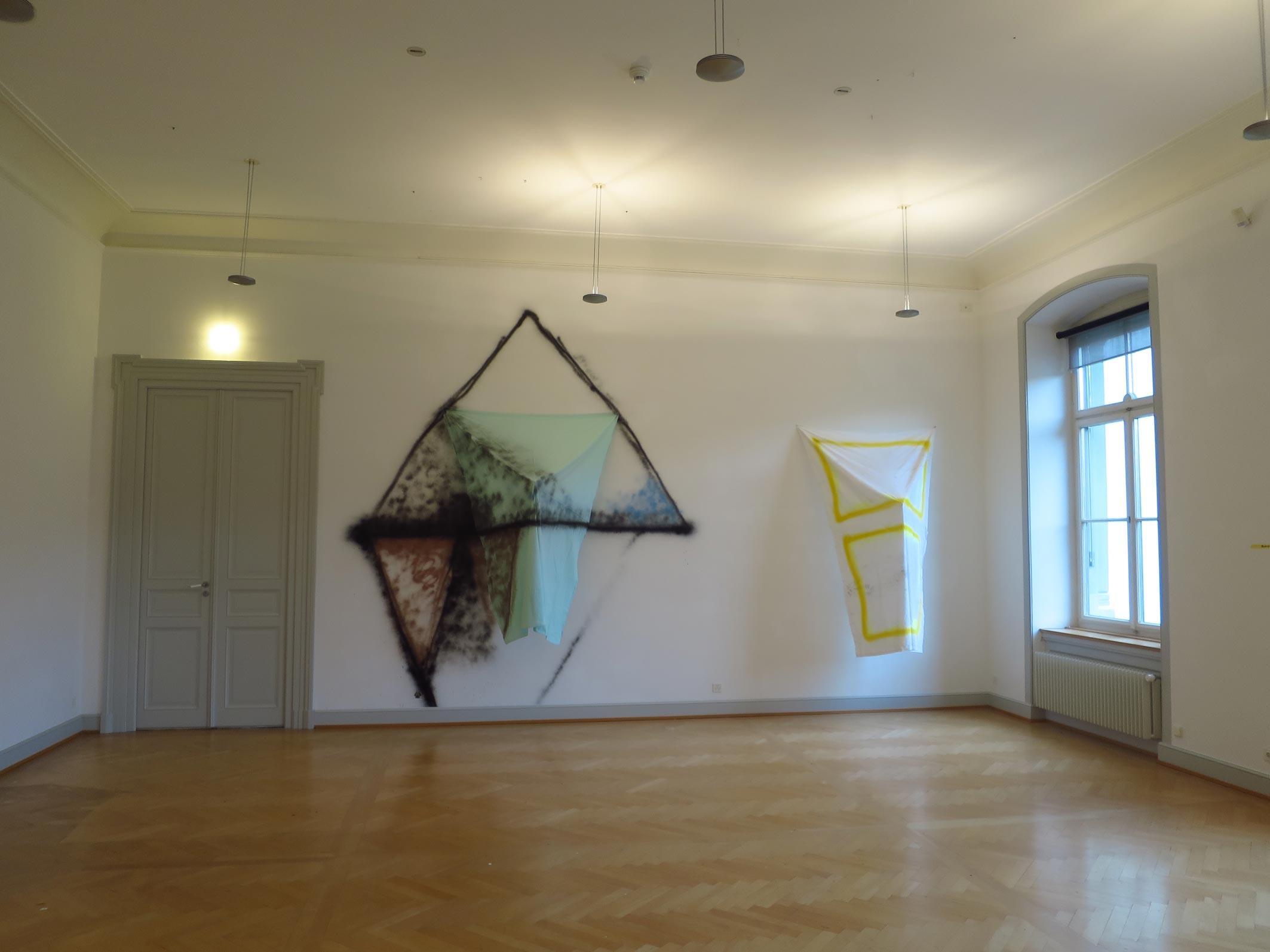 Stefan Inauen OT 2015 Sprühlack, Baumwolle, Keilrahmen Ausstellungsansicht  Kunstmuseum St.Gallen