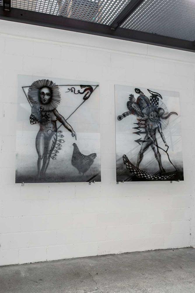 Stefan Inauen o.T. (weibliches/männliches) 2014 Acryl auf Weissglas 5mm auf zwei Stahlträgern H 100cm, B 80cm