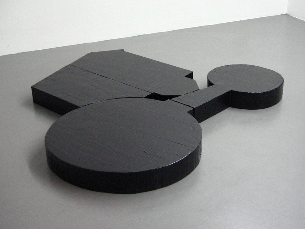 Stefan Inauen Patron 2004 epoxydharz,styropor 145 x 125 x 14cm